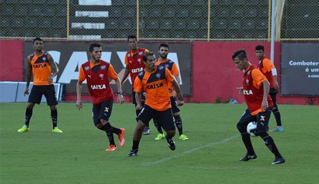 Jogadores do rubro-negro treinaram na Toca do Leão nesta terça-feira - Foto: Francisco Galvão l EC Vitória