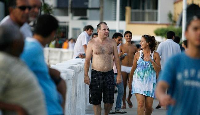 Movimento de turistas na Barra incrementa setor de serviços - Foto: Lunaé Parracho l Ag. ATARDE l 29.12.2009