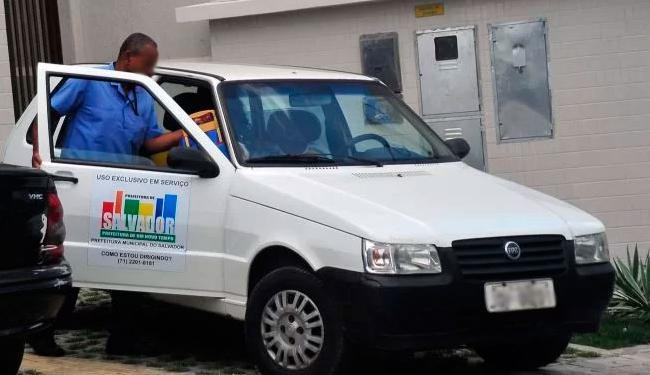 Veículo roubado é um Uno branco semelhante a esse da foto - Foto: Reprodução