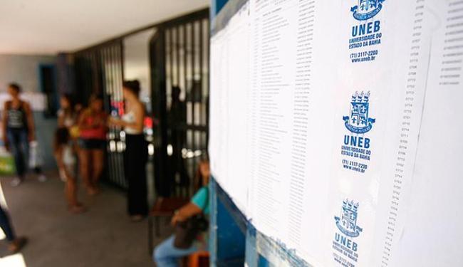 Inscritos enfrentaram o segundo dia de provas desta segunda-feira, 7 - Foto: Luiz Tito l Ag. A TARDE