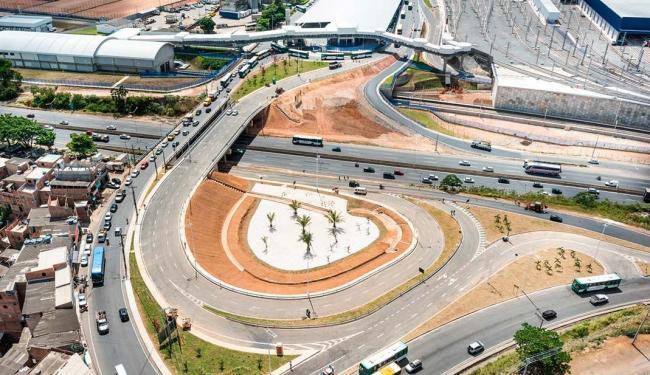 Elevado construído sobre rodovia possui 59 metros de extensão e as alças de acesso somam 690 metros - Foto: Nilton Souza   Ascom   Conder