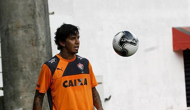 Desde sua chegada, há duas semanas, Ramos aprimora seu condicionamento na Toca do Leão - Foto: Adilton Venegeroles | Ag. A TARDE