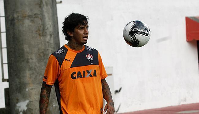 CBF e FBF indicam que a transferência de Victor Ramos para o Vitória foi nacional - Foto: Adilton Venegeroles   Ag. A TARDE