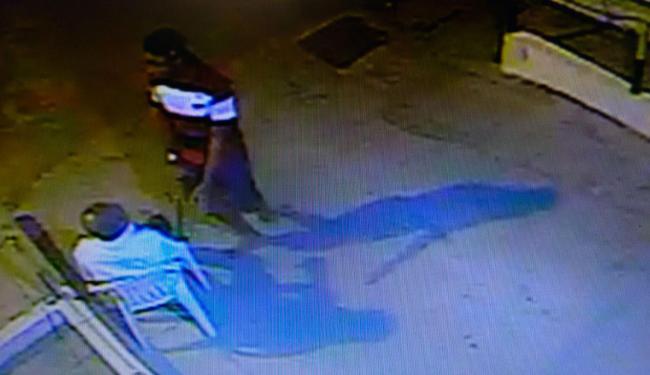 Vídeo mostra momento que vigilante foi rendido - Foto: Edilson Lima | Ag. A TARDE
