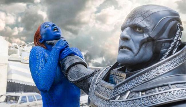Em uma das cenas Mística é enforcada por Apocalipse - Foto: Reprodução