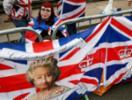 Rainha Elizabeth comemora seus 90 anos com passeio público - Foto:
