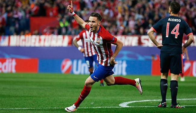 Saúl comemora após marcar o gol diante do Bayern - Foto: Sergio Perez l Reuters