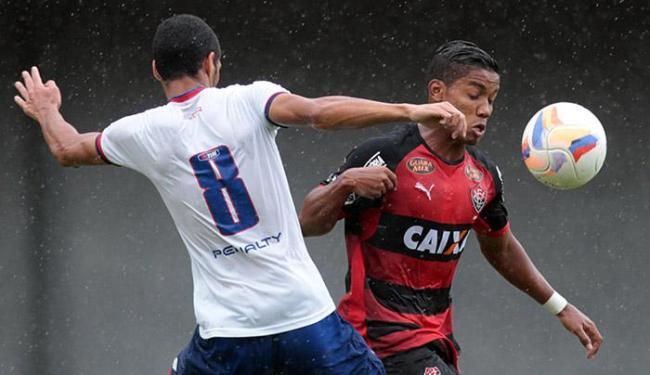 No ano passado, o Ba-Vi também decidiu o estadual: o Leão sagrou-se campeão - Foto: Lúcio Távora   Ag. A TARDE