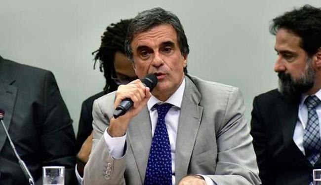 Cardozo defendeu o governo na Comissão de Impeachment - Foto: Zeca Ribeiro | Agência Câmara