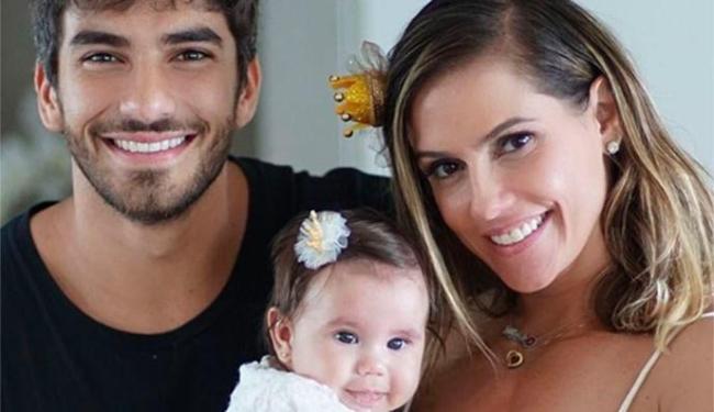 Atriz conta que primeira filha dela com Hugo Moura veio ao amundo após uma camisinha furar - Foto: Reprodução| Instagram