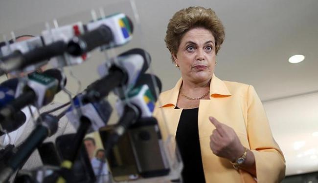 Dilma vai falar na televisão nesta sexta-feira - Foto: Adriano Machado l Reuters