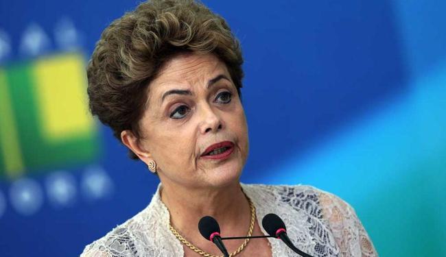 A presidenta deve voltar ao Brasil no sábado, dia 23 - Foto: AP Photo | Eraldo Peres