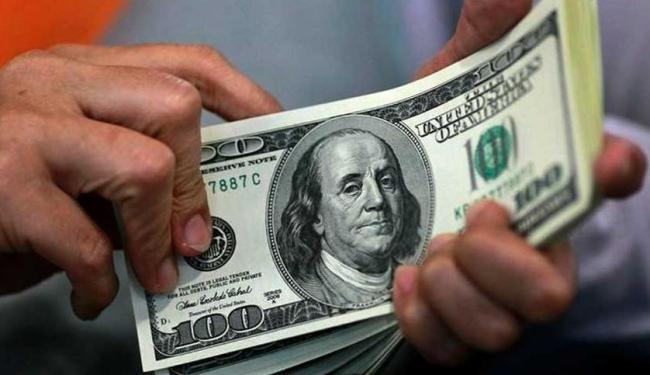 A cotação da moeda ficará em R$ 4,00 no lugar de R$ 4,15 vista na semana passada - Foto: Beawiharta | Reuters
