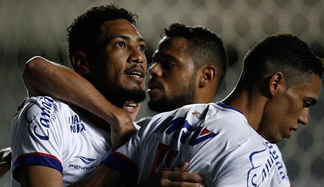Em seu retorno ao time após um mês lesionado, o 'Brocador' deixou o dele em Pituaçu - Foto: Lúcio Távora l Ag. A TARDE