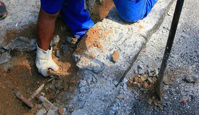 A prática de furto de água é qualificada como crime contra o patrimônio - Foto: Edilson Lima | Ag. A TARDE