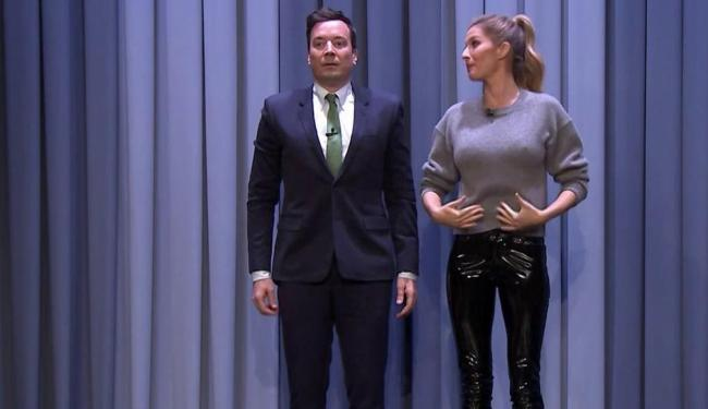 Gisele Bündchen e o apresentador Jimmy Fallon - Foto: Reprodução