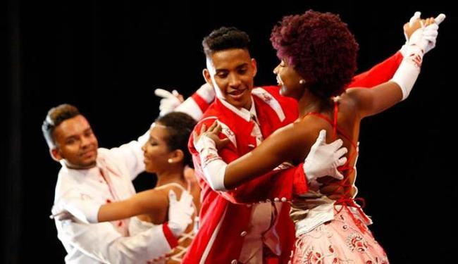 Apresentações fizeram parte das comemorações pelo mês da dança - Foto: Raul Spinassé   Ag. A TARDE