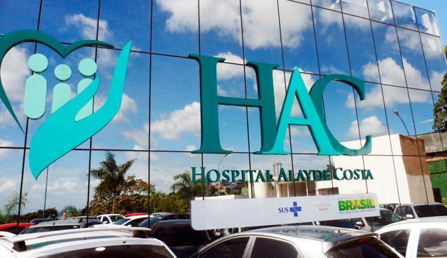 Mulher está internada em estado grave no Hospital Alayde Costa - Foto: Reprodução
