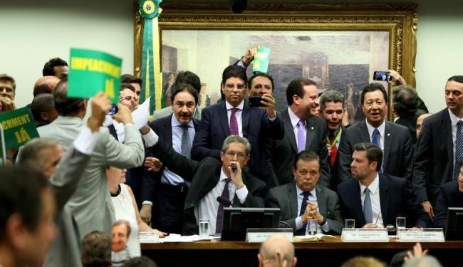 Confusões marcaram a votação nesta segunda-feira - Foto: Wilson Dias | Agência Brasil