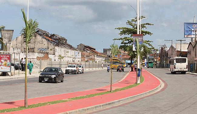 Obra foi feita nas pistas da rua Luiza Maria; trecho liga a Suburbana à Calçada - Foto: Luciano da Matta l Ag. A TARDE