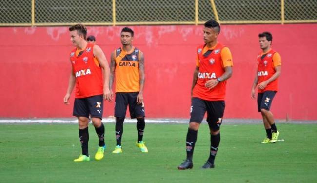 Jogadores iniciam sábado, 16, os preparativos para o jogo contra Juazeirense, pelo Baianão 2016 - Foto: Divulgação   E.C.Vitória