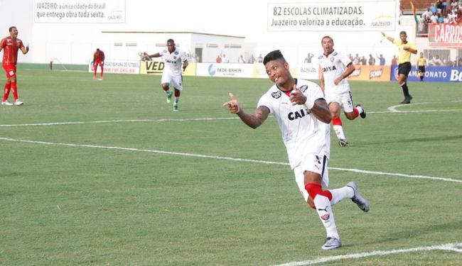 Marinho comemora seu golaço em Juazeiro - Foto: Ivan Cruz | Ag. A TARDE