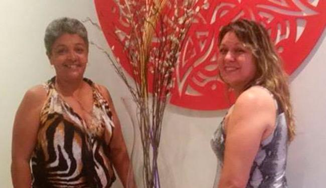 Clara Marcela e a amiga Clara Elisa, que morreu em decorrência da H1N1 - Foto: Reprodução | Facebook