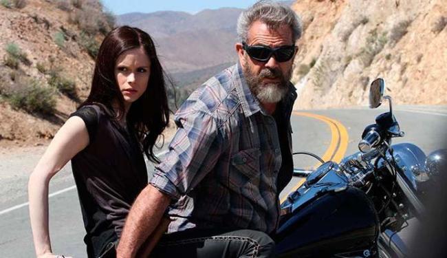 Mel Gibson e Erin Moriarty protagonizam o longa - Foto: Divulgação