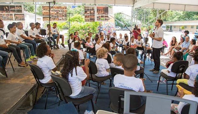 Alunos se apresentam na a aula do Núcleo Liberdade - Foto: Lenon Reis | Divulgação