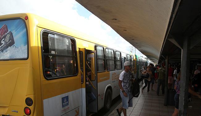 Semob remaneja 30 linhas de ônibus na região do Iguatemi - Foto: Xando P. | Ag. A TARDE