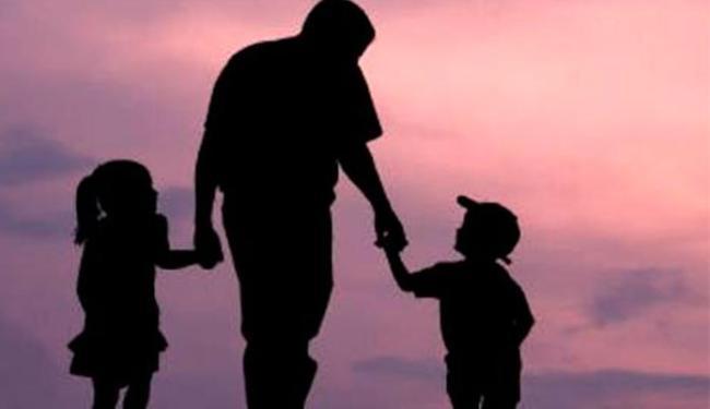 Justiça considerou que houve dano moral por homem achar que crianças eram seus filhos - Foto: Reprodução