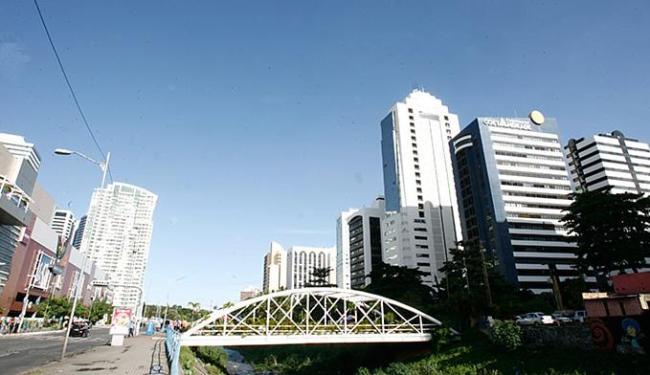 Modelo da Avenida Tancredo Neves será estimulado em mais duas regiões - Foto: Mila Cordeiro l Ag. A TARDE