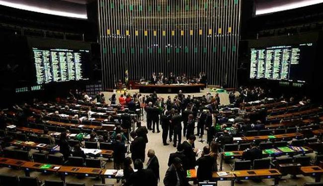 Foi a maior sessão da Câmara dos Deputados até hoje - Foto: Agência Brasil