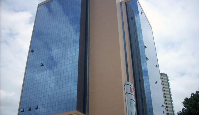 O Edifício Empresarial Thomé de Souza fica na avenida ACM - Foto: Reprodução