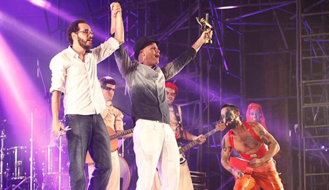 Melhores atores João Guisande e Danilo Cairo atuaram em 'Bululu', também escolhido Melhor Espetáculo - Foto: Adilton Venegeroles l Ag. A TARDE