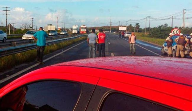 Manifestantes fecharam o acesso ao Polo Petroquímico - Foto: Reprodução | CUT Bahia