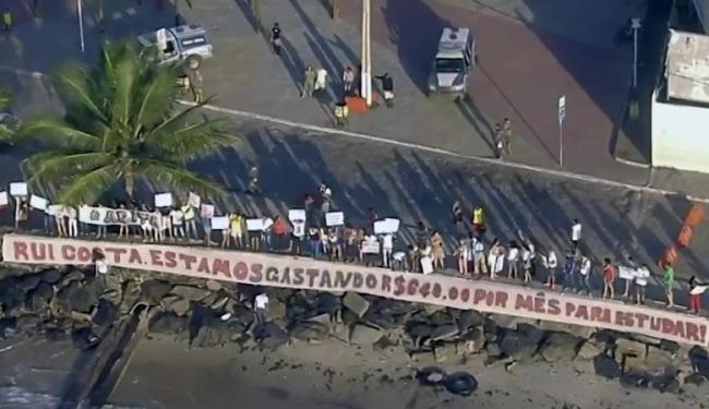 Estudantes pedem revogação do aumento, que entrou em vigor no dia 18 - Foto: Reprodução | TV Bahia