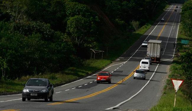 Viaturas, motocicletas e bases móveis vão apoiar os 225 policiais militares - Foto: Lúcio Távora   Ag. A TARDE