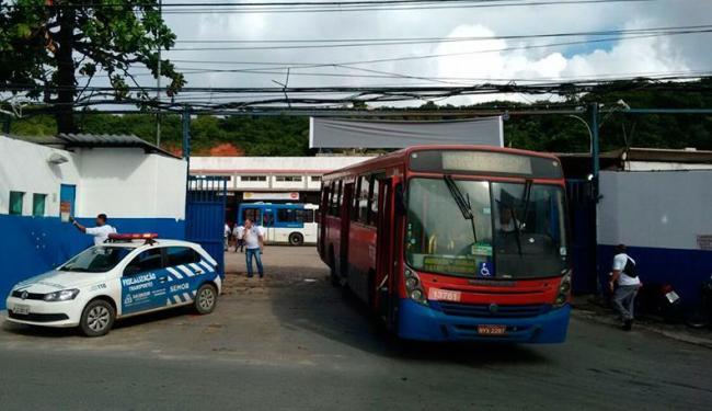 Paralisação terminou por volta das 8 horas - Foto: Raul Spinassé | Ag. A TARDE