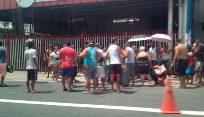 O atropelamento ocorre na manhã deste domingo, por volta 11h30 - Foto: Via Whatsapp l Grupo Trânsito Salvador