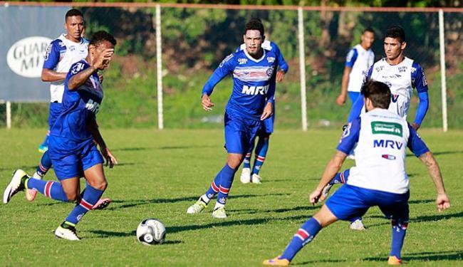 Brocador (C) treinou nesta quinta-feira, 28, e está confirmado para o clássico - Foto: Felipe Oliveira l EC Bahia