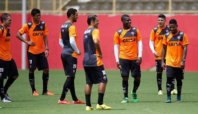 Jogadores do Vitória relaxam antes das partidas decisivas das próximas semanas - Foto: Raul Spinassé l Ag. A TARDE