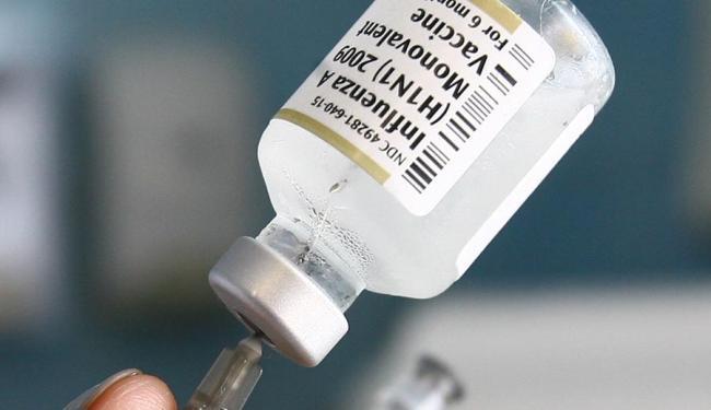 Vacinação contra gripe H1N1 foi prorrogada até 30 de maio em Salvador - Foto: Xando Pereira | Ag. A TARDE