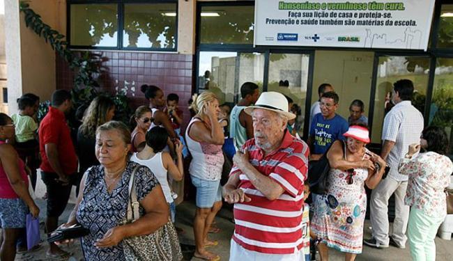 Procura pela vacina continua intensa nos principais postos de saúde de Salvador - Foto: Luciano da Matta   Ag. A TARDE