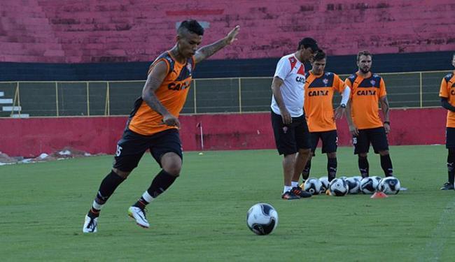 Vander retoma a posição de David no ataque - Foto: Francisco Galvão l EC Vitória