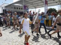 A Tocha Olímpica deu prosseguimento ao seu 25º dia de viagem pelo Brasil saindo de Lagoa Grande, em Pernambuco, nesta sexta-feira, 27. - Foto: Margarida Neide | Ag. A TARDE