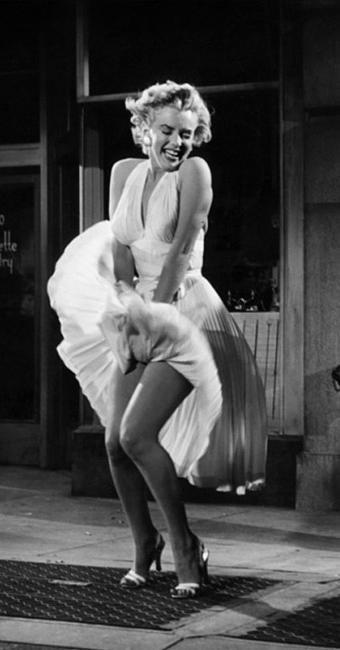 Marilyn na clássica cena do filme O Pecado Mora ao Lado - Foto: Divulgação