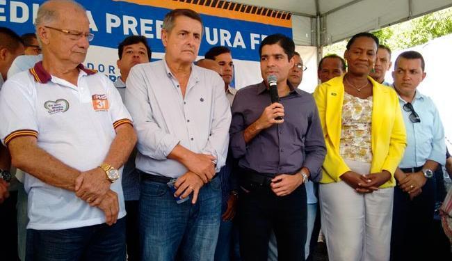 Neto durante cerimônia de entrega de rua requalificada, na Suburbana - Foto: Edilson Lima | Ag. A TARDE