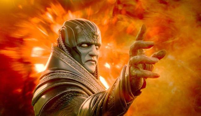 Apocalipse é o ator Oscar Isaac sob pesada maquiagerm - Foto: Divulgação