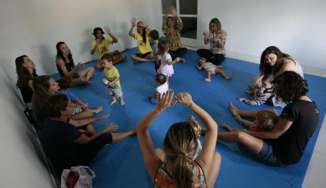 A Canela Fina oferece aulas de musicalização infantil para crianças de até 3 anos - Foto: Lucas Melo | Ag. A TARDE